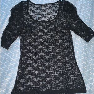 Black Sheer Lace 3/4 sleeve fitted blouse Size L
